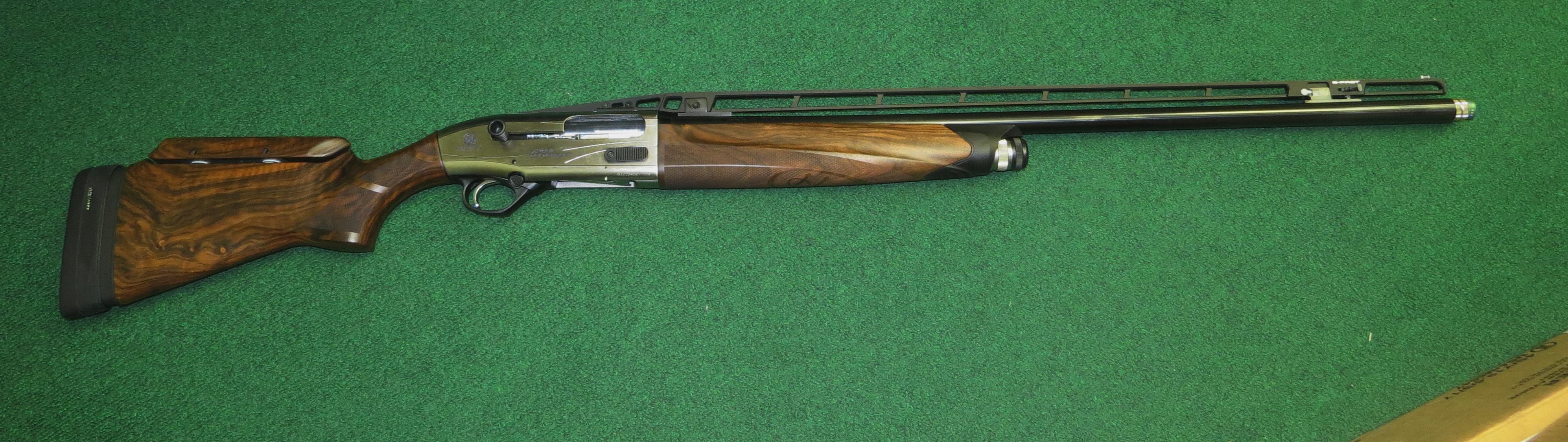 """Beretta A400 Multitarget, 30"""" barrel, (3) HP chokes, adj rib and comb, KO system, #7890 CDS5724QWA"""